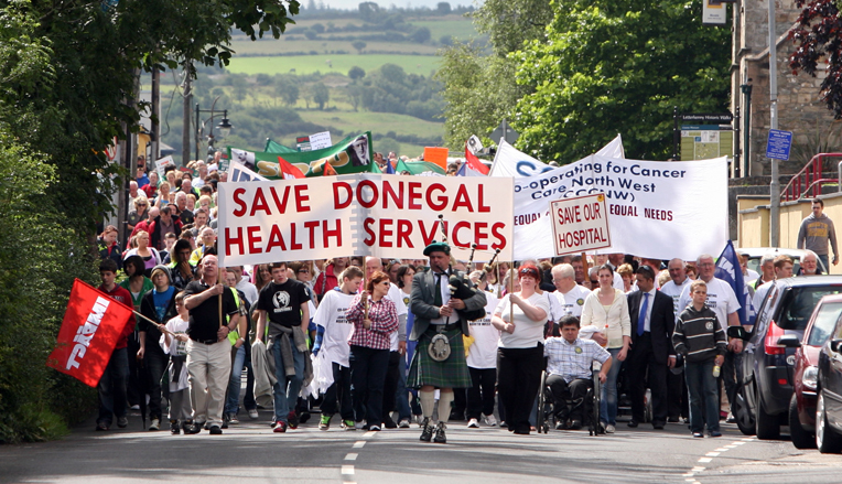 http://www.indymedia.ie/attachments/aug2010/img_9680thousands_march_to_defend_health_services_in_donegal.jpg