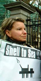 shell_to_sea_protest.jpg