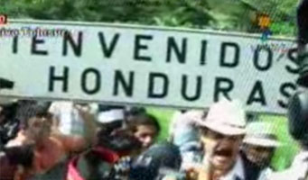 Photographic evidence that President Zelaya has crossed the border & is in Honduras
