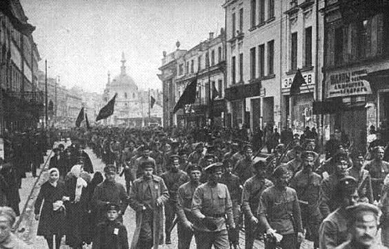 an analysis of bolshevik opposition to insurrection An analysis of bolshevik propaganda kronstadt was the prototype of later events which would lead disillusioned radicals to break with the [bolshevik] movement and to search for the original purity of their ideals.