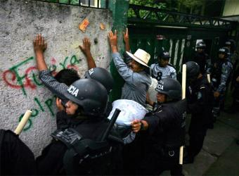 "3 of 57 Honduran ""peasants"" evicted from the Agrarian institute on Wednesday...........whither do they go?"