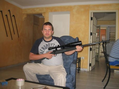 Dwyer and the Bolivian gun photo