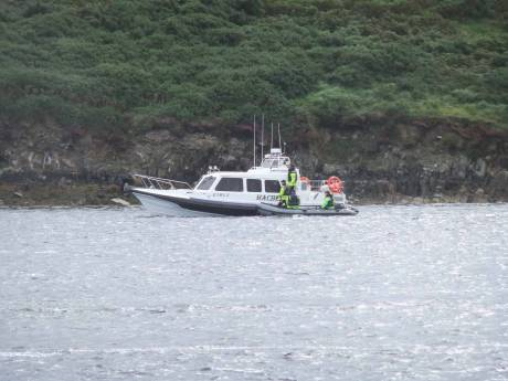 Gardaí hanging out on the Shell boats