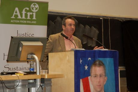 Gerry Conlon addresses the meeting at Trinity