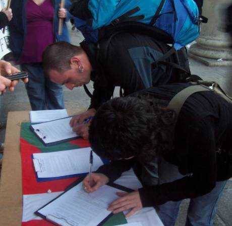 Signing For Dialogue