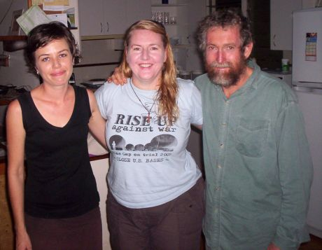 Adele, Donna, Jim Outta Custody in Darwin