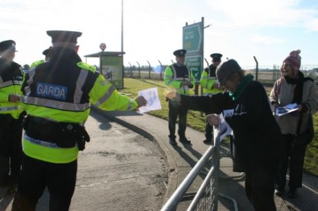 Demonstrators give their (black) hearts to Gardai for Valentine's Day