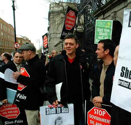 leinster_house_protest.jpg