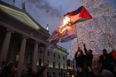 Burning  Israeli flag outside GPO