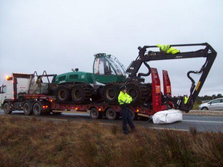 Truck & tree-cutter