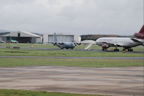 Army and Gardai protect US warplanes at Shannon 8 Jan 2012