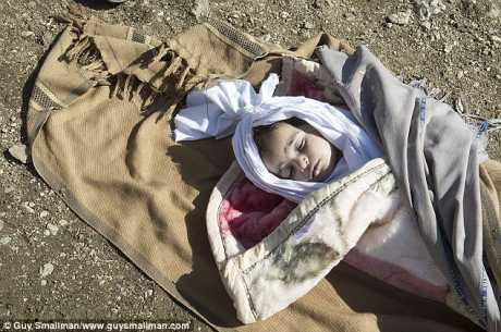 Pic: Guy Smallman - 2013  Story here >>  http://www.dailymail.co.uk/news/article-2258941/Afghan-refugee-children-dying-cold.html