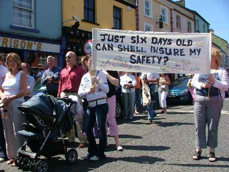 A Clear Message at Ballina Demo 16/07/05