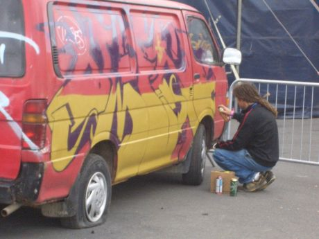 Graf Culture:  Omin does his thing