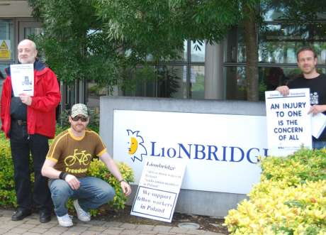 lionbridge_picket1.jpg