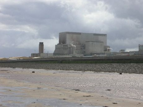 Hinkley Point B power station -source commons.wikimedia.org