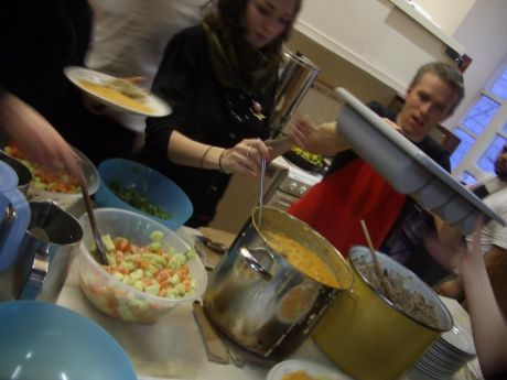 grubs up c/o the belfast food not bombs crew