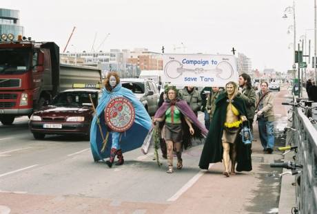 Goddesses reclaim the roads