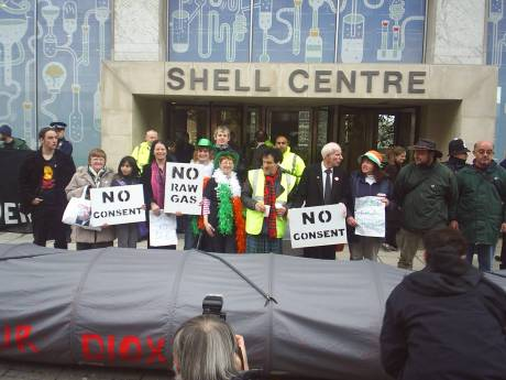 Mayo Folks outside Shell HQ