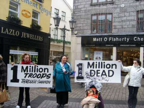 Human Chain in Shop St Galway to mark 5th anniversary of Iraq war