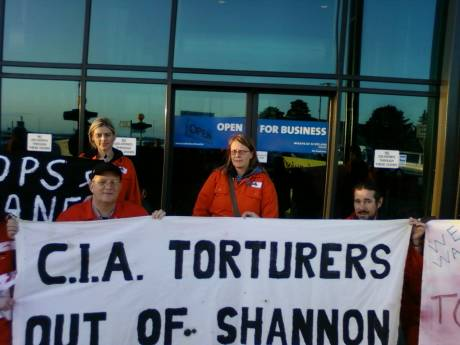 Leipzig delegation protests against CIA traffic at Shannon
