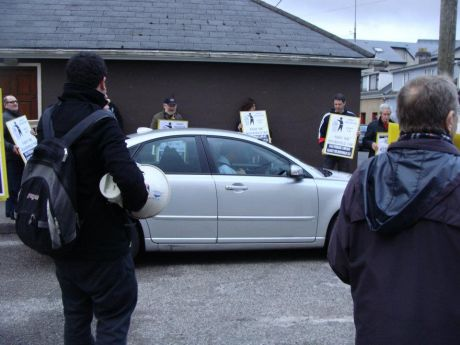 ballycahwtclinicprotest5.jpg