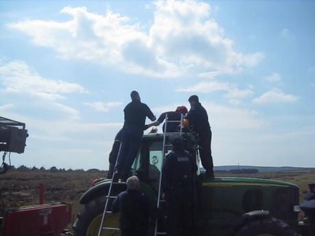 7_tractorcab.jpg
