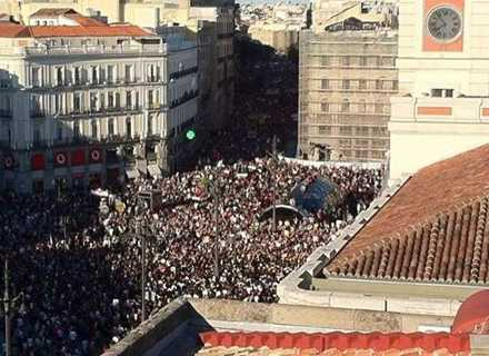 Puerta del Sol: mass assemblies are the engine of the movement