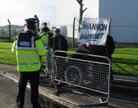 At the Shannon barricades 14 Nov 2010