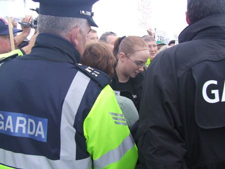 Overheard Garda decide to obstruct photographers