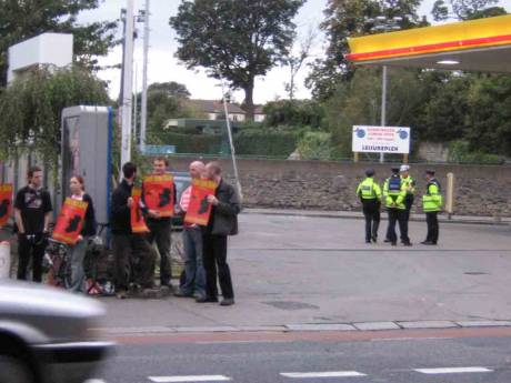 pickets and police discouraged motorists