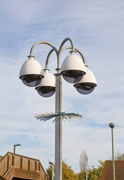 cctv_cameras_at_hedge_end_railway_station__geograph.org.uk__1036421.jpg